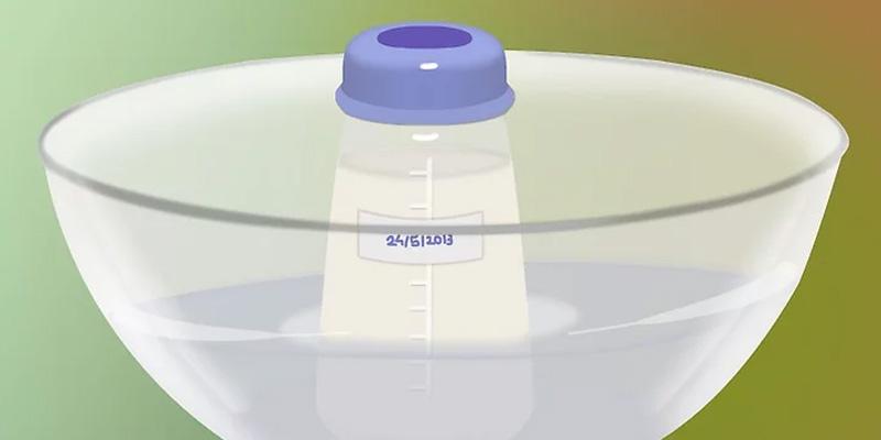 Những ngộ nhận mẹ thường mắc về chuyện hâm sữa cho bé-1