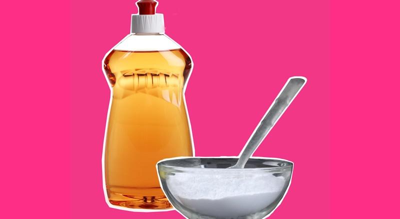 Nước rửa chén và baking soda