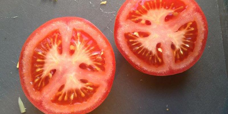 Bí quyết giúp cà chua tươi lâu chỉ trong vòng 2 giây