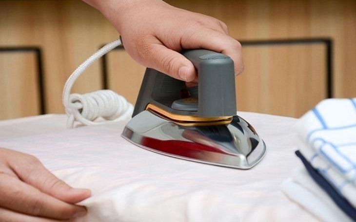Bàn ủi hiện đại: tự ngắt điện không cần tắt_4