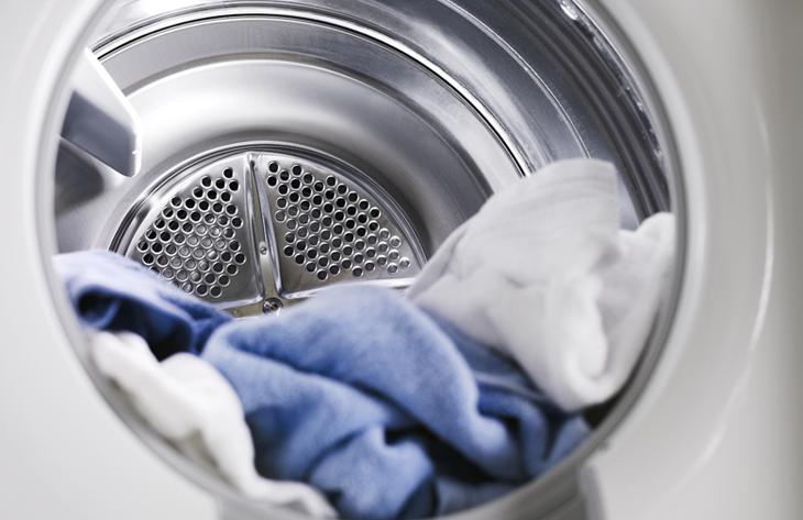 Thiết kế lồng sấy làm từ thép không gỉ và nhiệt đối lưu giúp sấy khô nhanh