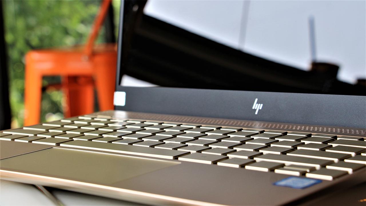 Đánh giá Laptop HP Envy 13 ad138TU: Mạnh mẽ cùng thiết kế tối giản, thích hợp nhiều đối tượng - ảnh 9
