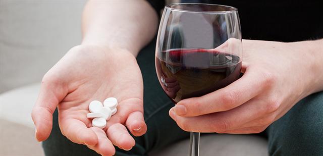Những thực phẩm nên tránh khi uống thuốc kháng sinh