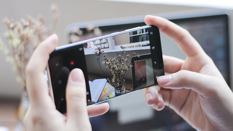 Giao diện camera của điện thoại Samsung Galaxy S9 Plus 128GB