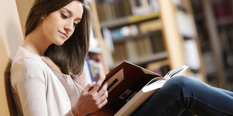 Nếu đọc sách ngay lúc này, máu sẽ được chuyển về mắt, làm giảm công năng của dạ dày.