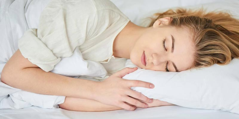 Nếu bạn đang có thói quen ăn xong ngủ ngay não sẽ rơi vào trạng thái ức chế, kéo theo đó là sự ngưng nghỉ toàn bộ cơ thể, trong đó có hệ tiêu hóa.