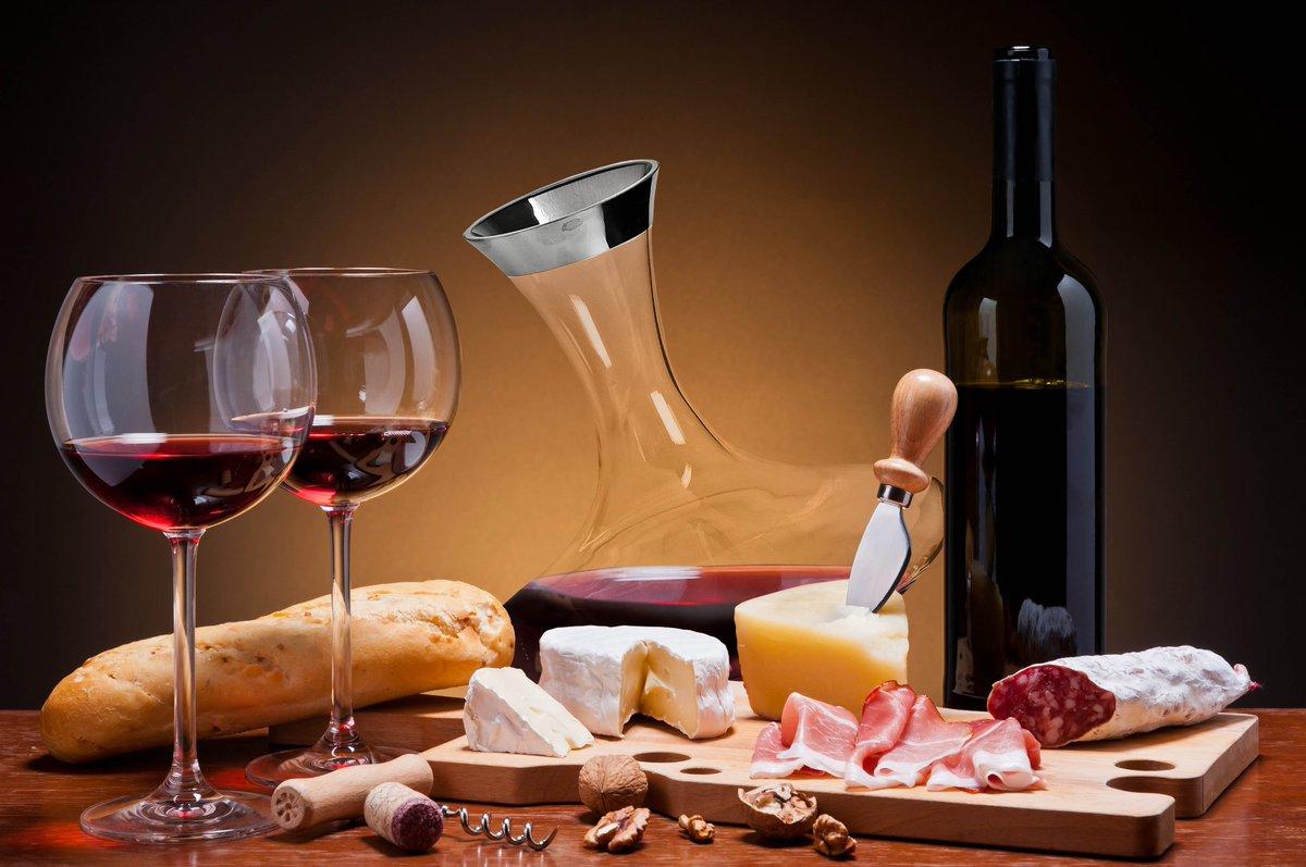 Kết quả hình ảnh cho pho mai già rượu vang