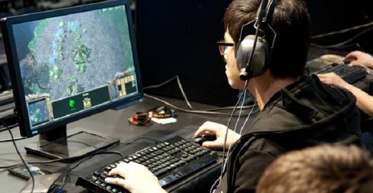 Sốc với cách làm mát PC chơi game bằng máy điều hòa nhiệt độ_4
