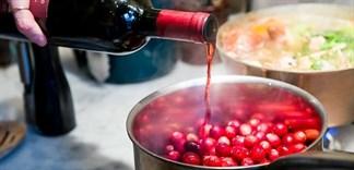 3 mẹo nấu ăn với đồ uống có cồn bạn nên biết