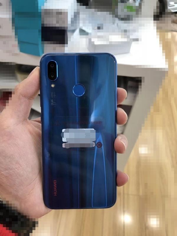 Huawei P20 Lite xuất hiện thực tế với thiết kế tai thỏ, camera kép Leica - ảnh 2