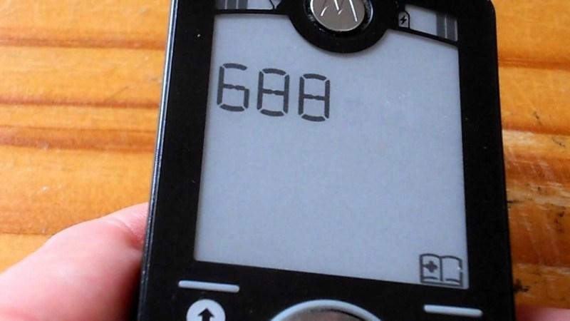 Motorola là hãng làm ra điện thoại có notch đầu tiên trên thế giới - ảnh 1
