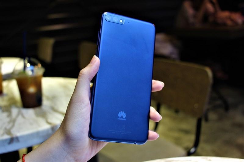 Đánh giá Huawei Y7 Prime 2018