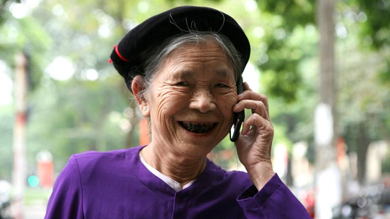 Điện thoại phím lớn, màn hình to, giá dưới 1 triệu cho người lớn tuổi