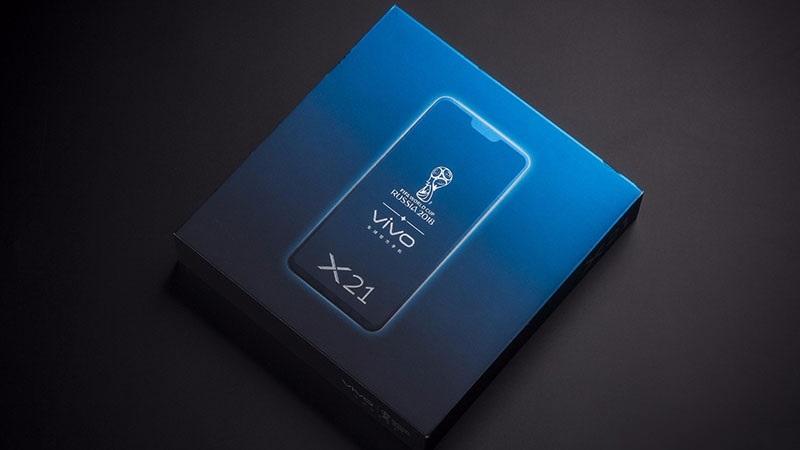 Mở hộp Vivo X21