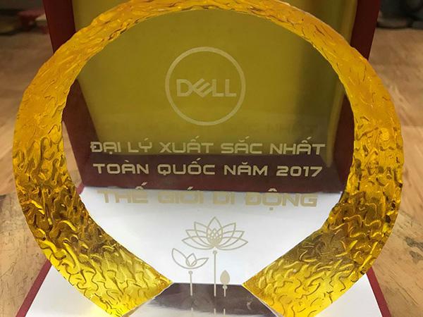TGDĐ: Công ty duy nhất nhận giải thưởng Đại lý bán Lẻ Xuất Sắc toàn quốc năm 2017 của Dell VN