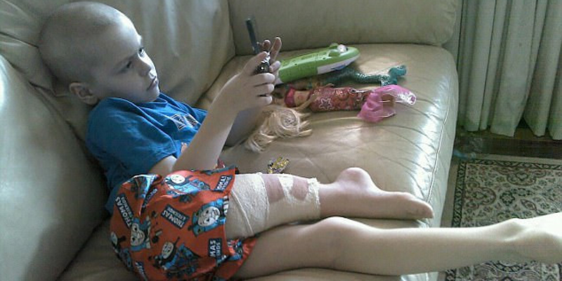 Chỉ 1 tuần sau khi thực hiện ca phẫu thuật thành công, cậu bé đã hoàn toàn khỏe mạnh và được về nhà trong vòng tay chăm sóc của ba mẹ