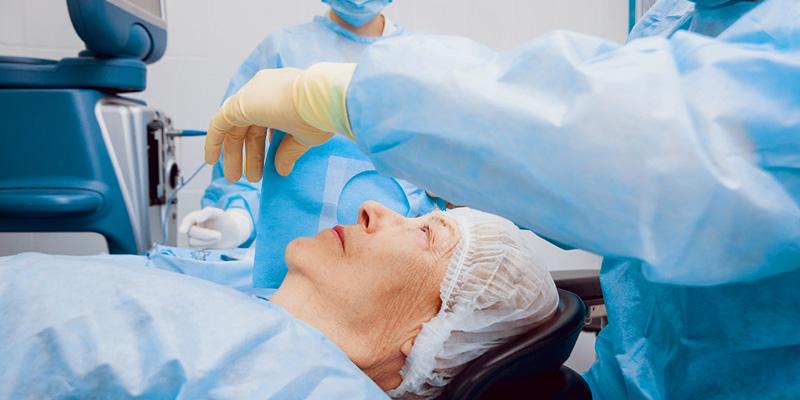 Cách tốt nhất bệnh nhân khi phát hiện bị cườm nước cần đến bệnh viện mắt hoặc cơ sở y tế gần nhà để khám và điều trị kịp thời