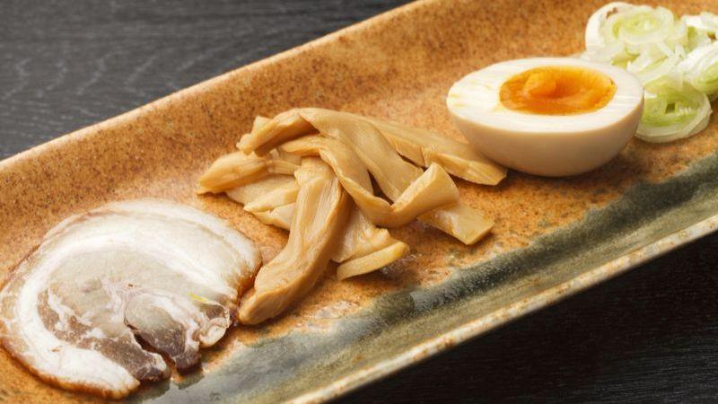 Những nguyên liệu không thể thiếu của món mì ramen Nhật Bản