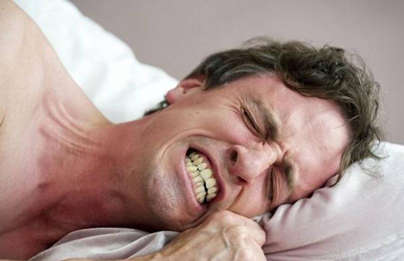Bệnh nghiến răng là gì?