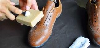 Làm sạch vật dụng bằng da với những nguyên liệu có sẵn tại nhà