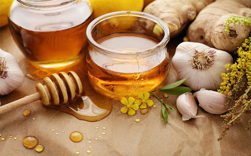 Gừng tươi và mật ong điều trị tiêu chảy tại nhà