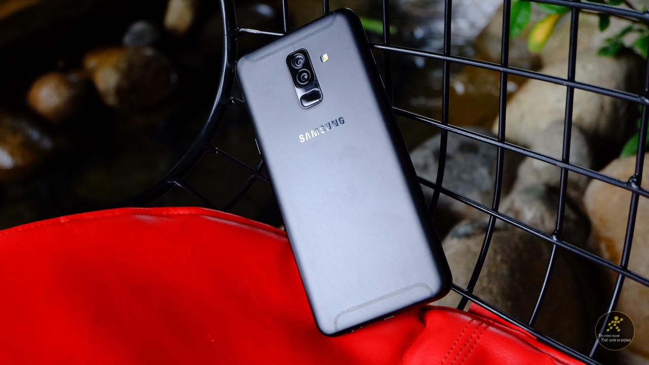 Đánh giá Galaxy A6+ 2018