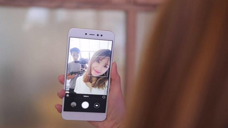 Top 3 điện thoại selfie đẹp giá 3 triệu?