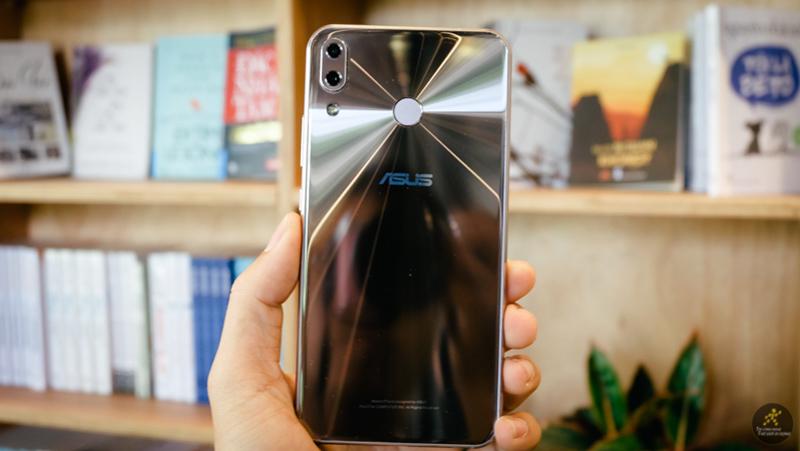 Zenfone 5 ra mắt tại Việt Nam: màn hình tai thỏ, camera kép, giá... - ảnh 2