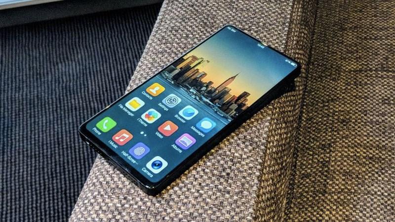 Xuất hiện smartphone Vivo màn hình không viền, cạnh bo cong hơn APEX - ảnh 1
