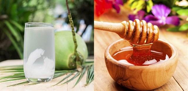 Công dụng tuyệt vời của mật ong và nước dừa đối với sức khỏe, bạn đã biết?