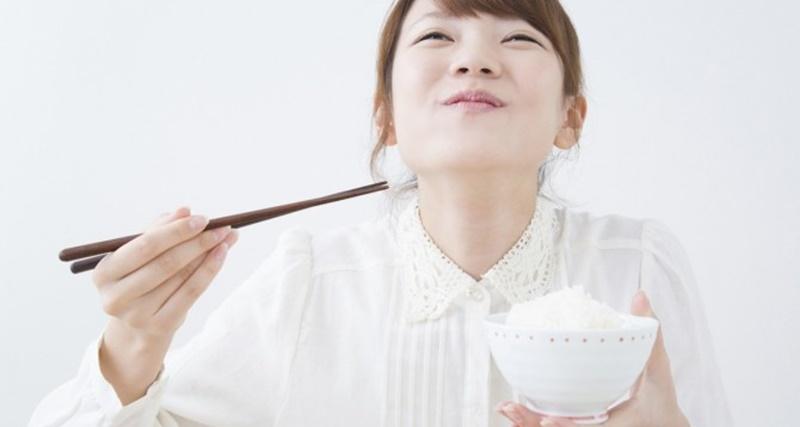 Ăn cơm hằng ngày giúp cung cấp nhiều năng lượng cho bạn hoạt động