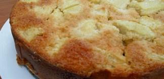 Cách chế biến món bánh bông lan và táo cực đơn giản, thơm ngon