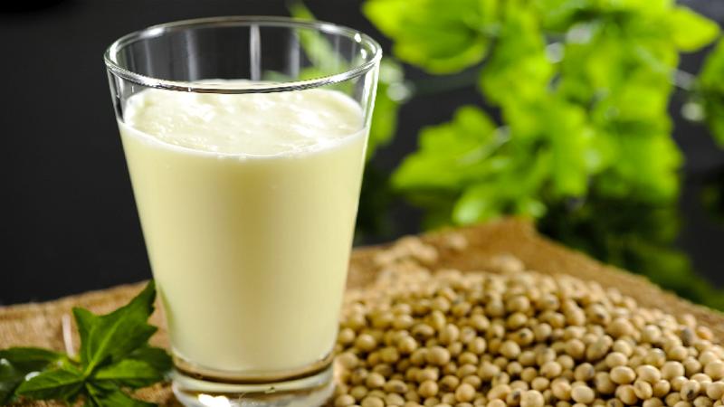 Nước đậu xanh cũng là một cách giải rượu hữu hiệu.