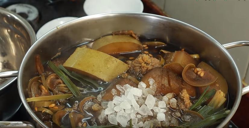 2 cách nấu trà bí đao thơm mát, thanh lọc dễ làm tại nhà