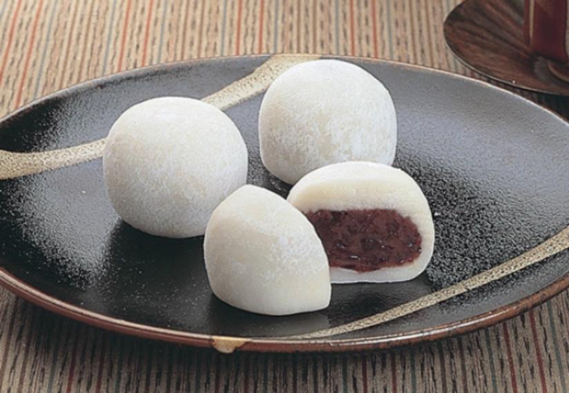 Cách làm bánh Mochi nhân đậu đỏ dẻo ngon dễ làm tại nhà, công thức chi tiết