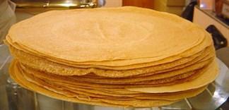 Cách làm bánh crepe bằng đáy chảo có một không hai