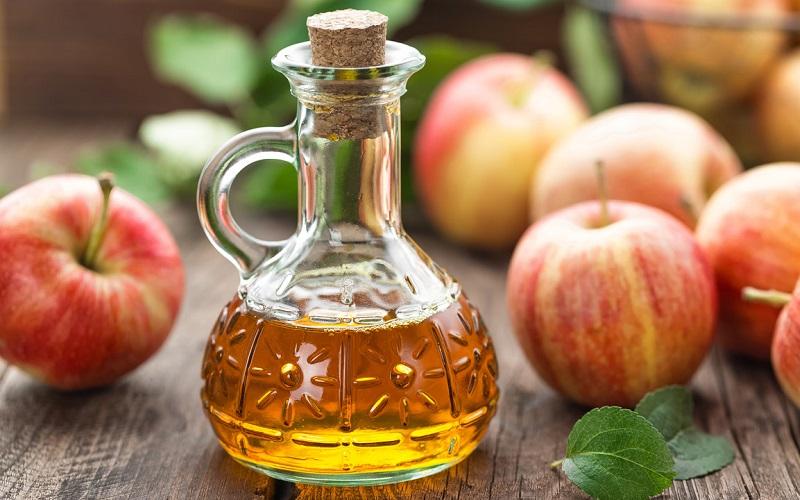 Giấm táo trị suy giãn tĩnh mạch