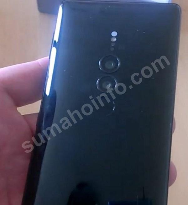 Xperia XZ3 lộ ảnh thực tế cho thấy camera kép và thiết kế quen thuộc - ảnh 3