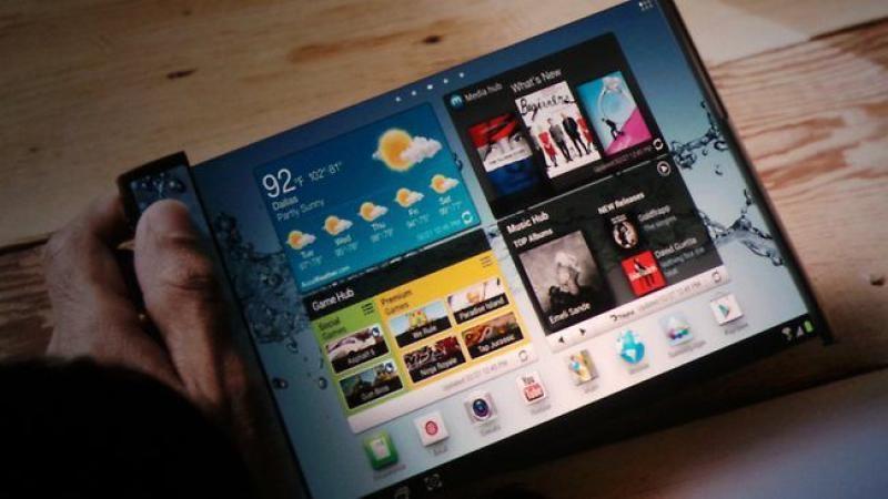 Smartphone màn hình gập của Samsung sẽ có giá bán... gây sốc - ảnh 1