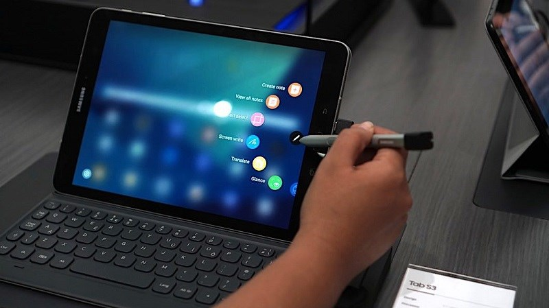 Rò rỉ cấu hình Galaxy Tab S4: Có máy quét mống mắt, hỗ trợ DeX - ảnh 1
