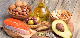 Ăn chất béo không đúng cách có ảnh hưởng đến sức khỏe không?