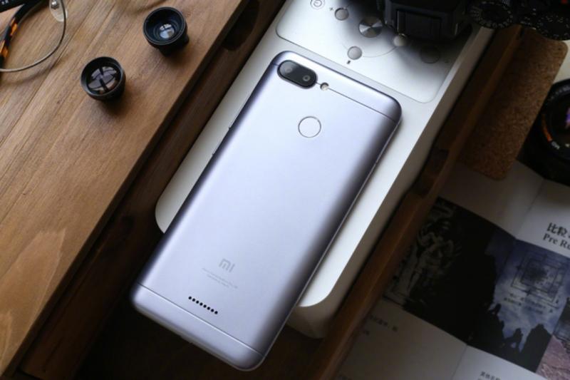 Mở hộp Xiaomi Redmi 6: Chiếc smartphone hứa hẹn thống trị phân khúc giá rẻ - ảnh 3