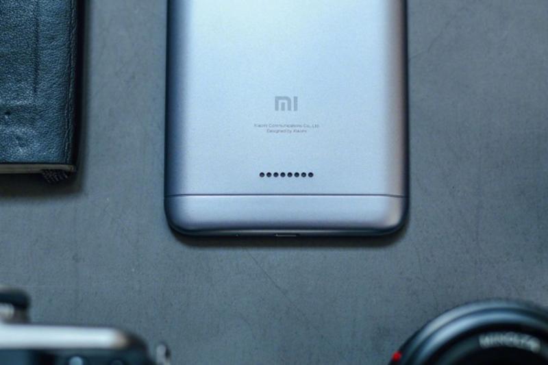 Mở hộp Xiaomi Redmi 6: Chiếc smartphone hứa hẹn thống trị phân khúc giá rẻ - ảnh 11