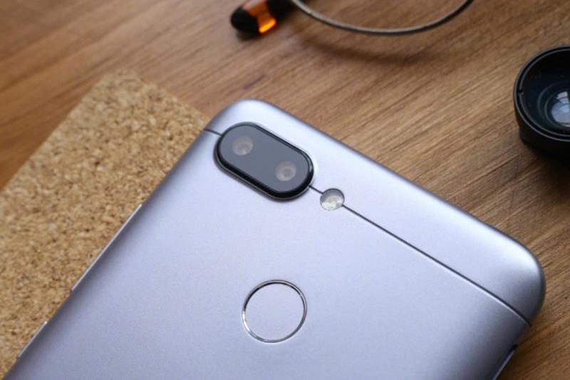 Mở hộp Xiaomi Redmi 6: Chiếc smartphone hứa hẹn thống trị phân khúc giá rẻ - ảnh 8