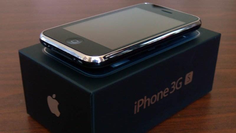 iPhone 3GS sắp được mở bán trở lại: Đủ phụ kiện, giá gần 1 triệu