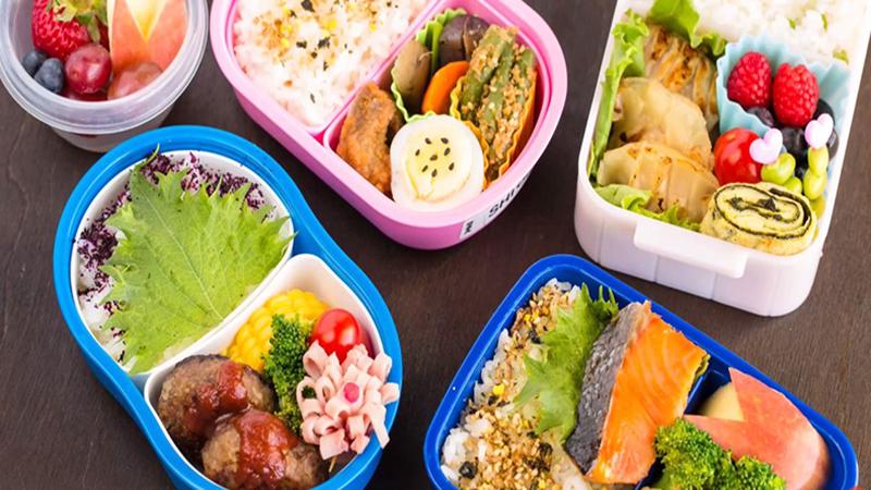 Các bữa ăn nên có khoảng cách 2 - 3 giờ và nên đa dạng các món ăn