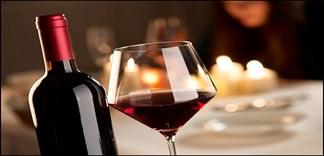 12 lý do bạn nên uống 1 ly rượu vang mỗi ngày