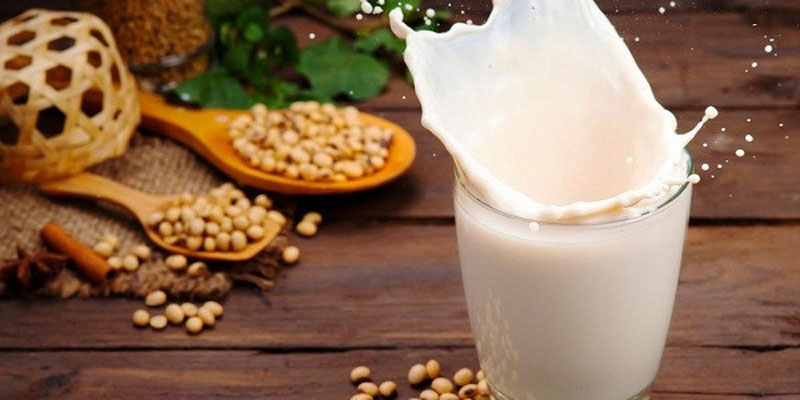 Dùng sữa đậu nành không được nấu chín