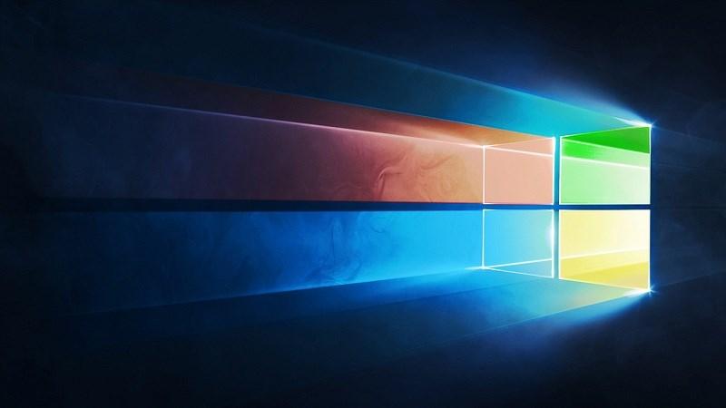 Thị phần Windows 7 và Windows 10 bất ngờ tăng mạnh tháng trong 6/2018