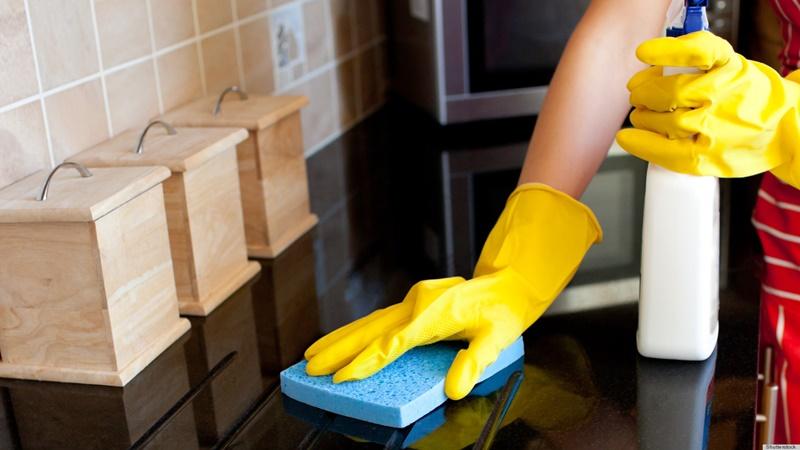 Thuốc tẩy quần áo sử dụng được trong nhà bếp giúp khử trùng, làm sạch dồ dùng hiệu quả